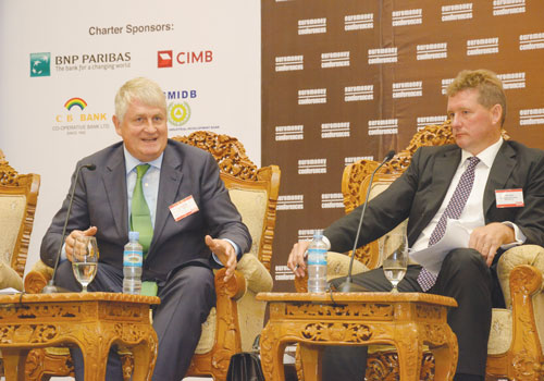 Digicel founder Denis O'Brien (left) at the Myanmar Global Investment Forum in Nay Pyi Taw on September 12. Booethee / The Myanmar Times