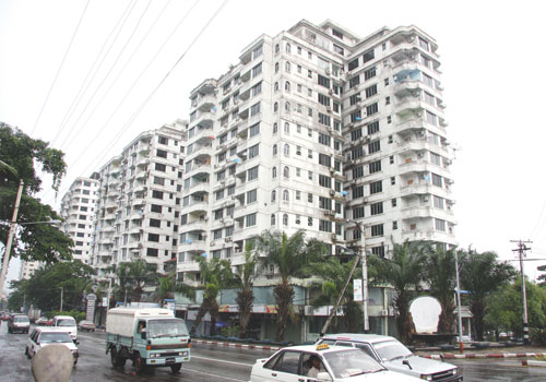 Pearl Condominium on Kabar Aye Pagoda Road has become a hotspot for newly arrived foreigners in Yangon.  (Aye Zaw Myo / Myanmar Times)