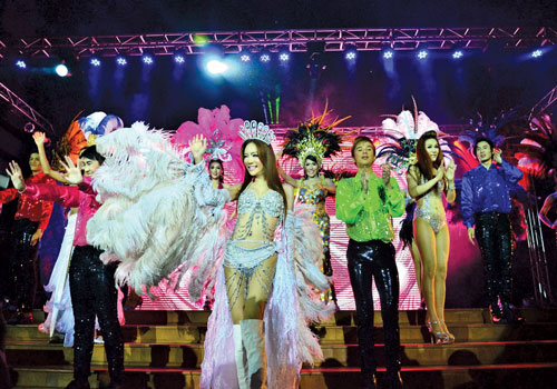 Performers from the Thailand-based Membo cabaret troupe take the stage at the Myanmar Convention Centre in Yangon on Thursday, October 25, 2012. (Nyein Maung / The Myanmar Times)