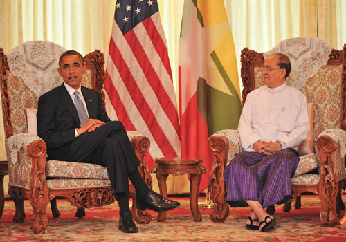 Presidents U Thein Sein and Barack Obama at their historic meeting in Yangon on November 19. Kaung Htet / The Myanmar Times