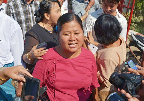 Prisoners are released in Mandalay on November 15. Photo: AFP