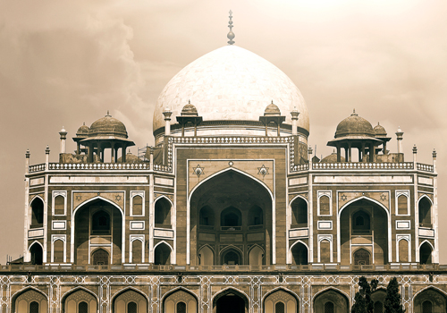 Tomb of Mughal Emperor Humayun, in Delhi. Zafar and his sons took refuge here during the Indian Rebellion of 1857. Photo: Wikimedia Commons