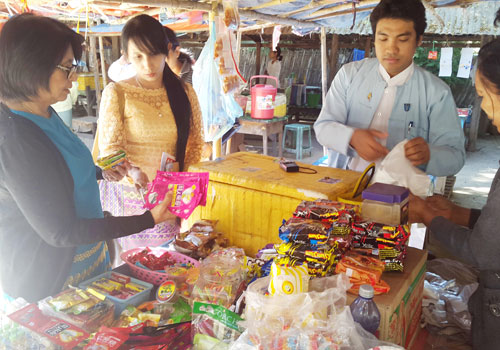 Vendors in Mandalay are coming under greater scrutiny from MCDC. Photo: Si Thu Lwin / The Myanmar Times
