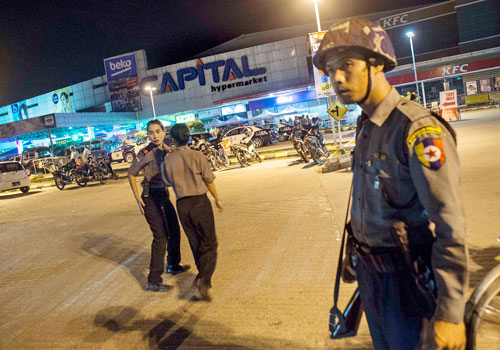 Police evacuted shoppers and staff and sealed off the Capital hypermart in Thaketa township last night around 6pm following the blasts, which police attributed to homemade bombs. Photo: Nyan Zay Htet / The Myanmar Times