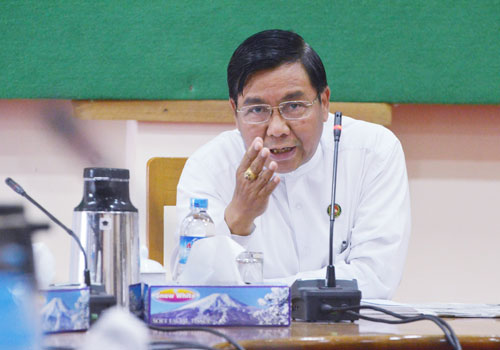 USDP spokesperson U Pike Htwe speaks with reports at the party's Nay Pyi Taw headquarters yesterday. Photo: Pyae Thet Phyo / The Myanmar Times