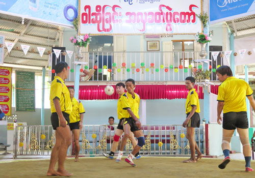 A caneball team takes part in the Waso festival in Mandalay on May 13. Phyo Wai Kyaw / The Myanmar Times