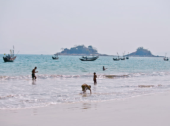 A project to build Myanmar's largest oil refinery in South Dawei, which is known for its pristine beaches, has been cancelled. Photo: Thiri Lu