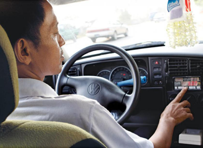 Taxi drivers warned to use meters, or face fines: official | The