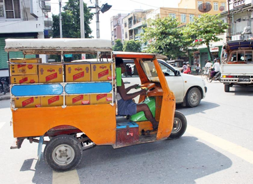 Car buyers look to cash in on old three-wheelers   The Myanmar Times