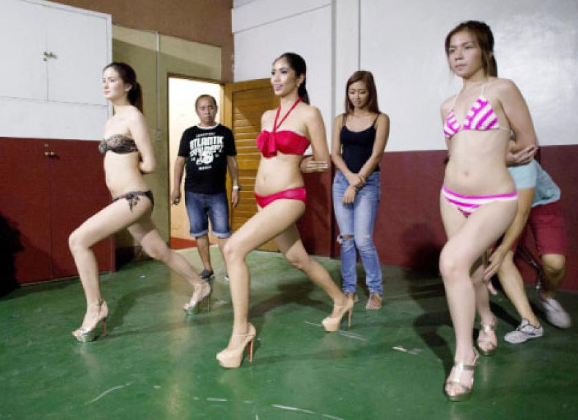 In the philippines beauty boot camps transform girls into pageant in the philippines beauty boot camps transform girls into pageant princesses thecheapjerseys Image collections