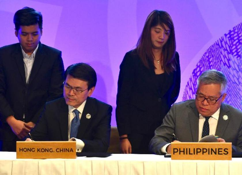 Hong Kong, Southeast Asian nations sign free-trade pact