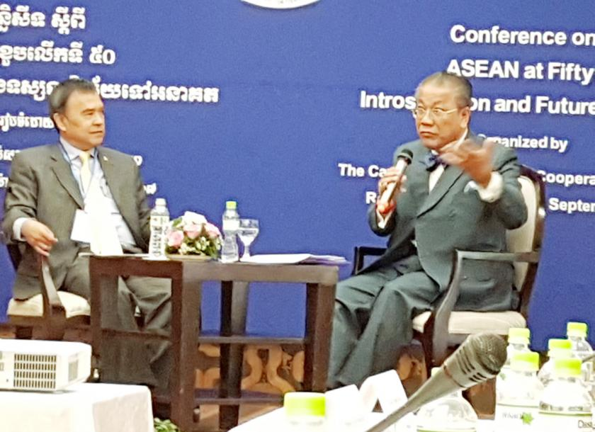 ASEAN must not align itself with major powers: experts | The