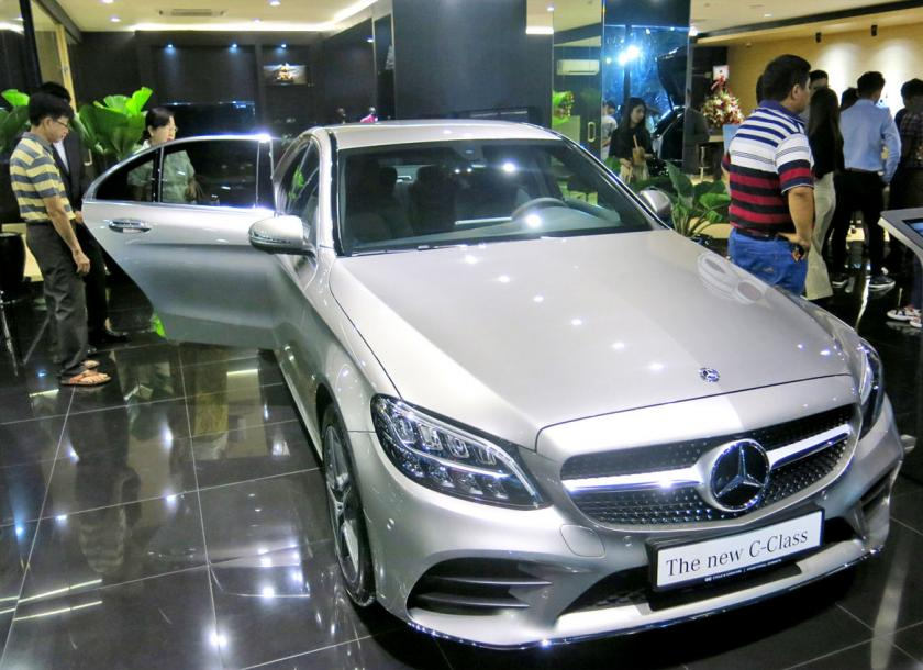 https://www.mmtimes.com/sites/mmtimes.com/files/styles/mmtimes_ratio_c_normal_detail_image/public/news-images/mercedes.jpg?itok=d2zyCMR3