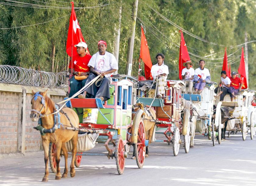 Horse carts for hire in Pyin Oo Lwin. Residents and businesses say the town has seen a drastic drop in tourists since the attacks by ethnic armed groups on August 15. Photo - EPA